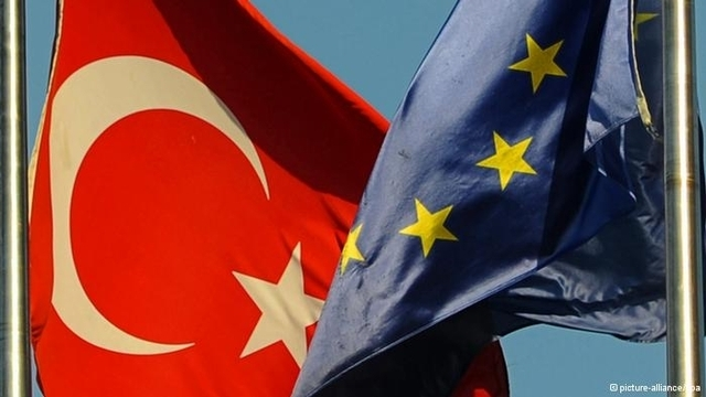Avrupa Birliği'nden Twitter tepkisi