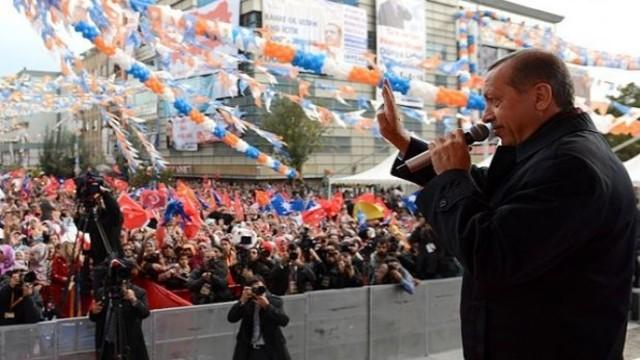 Van Mitinginde Erdoğan'ın Sesi Kısıldı